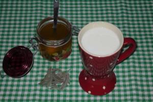Ma recette à la sauge dans Recettes lait_a_la_sauge-300x200